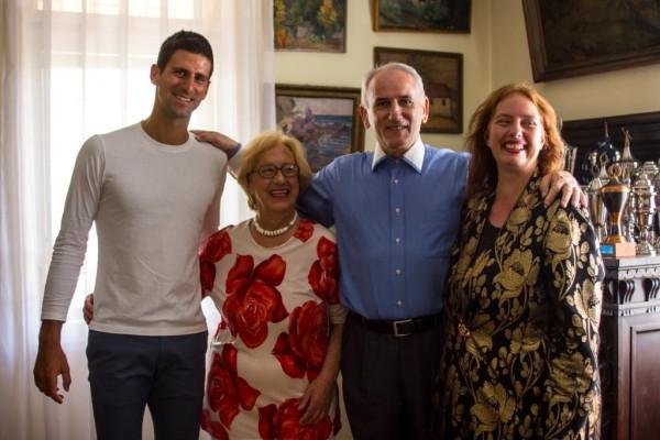 Novak Đoković sa porodicom Genčić